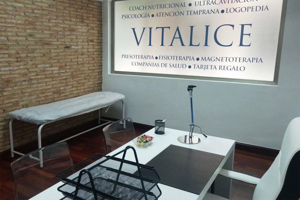 """Centro m茅dico """"Vitalice"""" en Murcia. Pasa consulta la psic贸loga Eva Sastre Baldasqu铆n."""